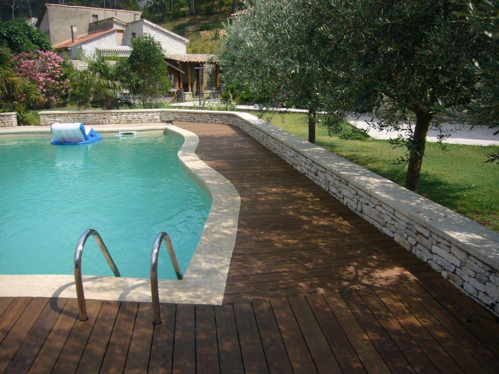 contour de piscine en bois Saint Remy de Provence Bouches du rhone 13