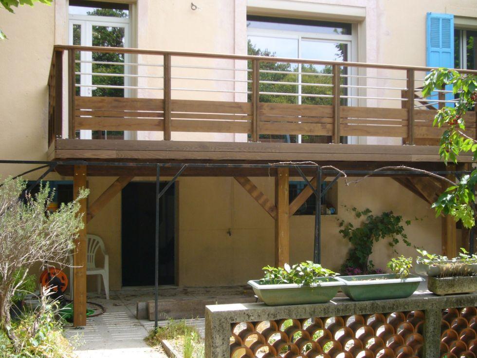 terrasse en bois sur poteaux aix en provence. Black Bedroom Furniture Sets. Home Design Ideas