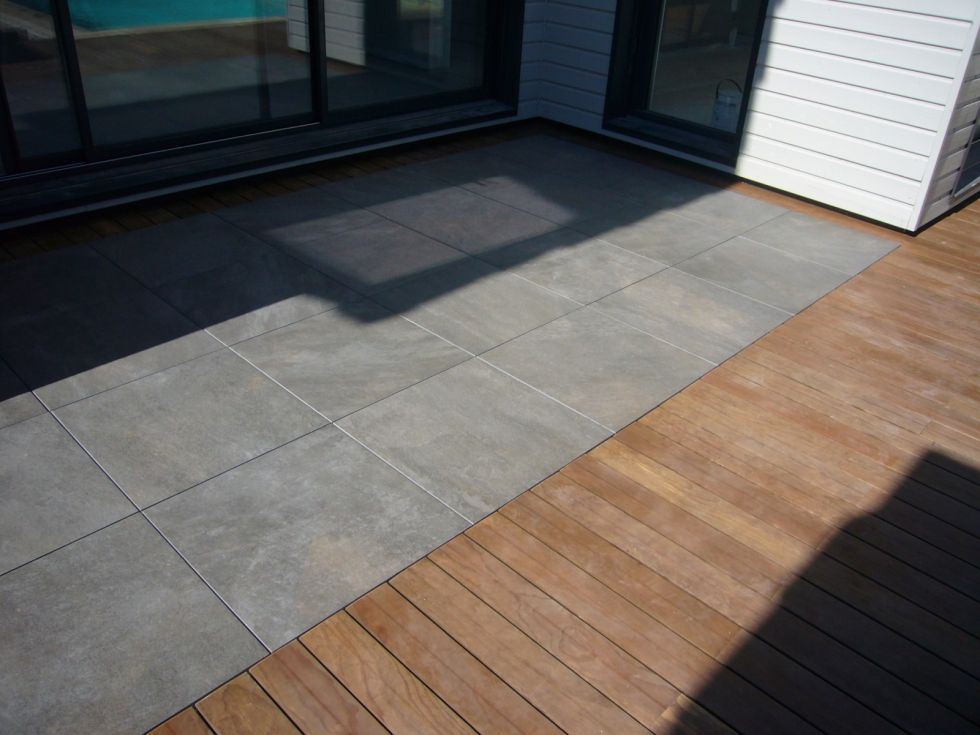 Pose de terrasse gr s c rame aix en provence for Carrelage clipsable