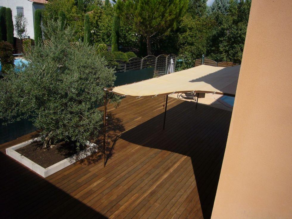 pose d 39 une terrasse en bois kebony sur aix en provence ambiance terrasse. Black Bedroom Furniture Sets. Home Design Ideas