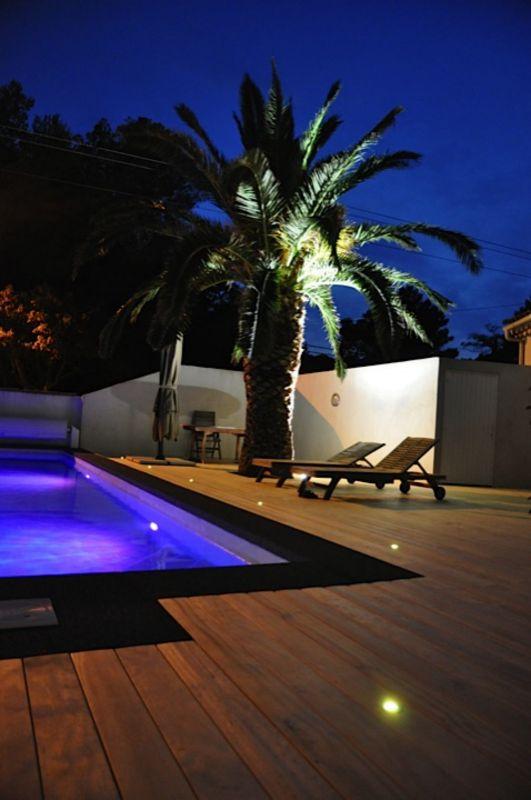 R alisation d 39 une plage de piscine et terrasse en bois for Contour piscine bois