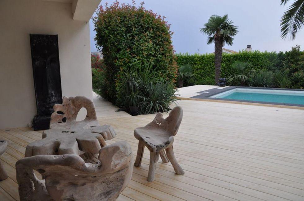 quel bois choisir pour une terrasse en bois ambiance terrasse. Black Bedroom Furniture Sets. Home Design Ideas
