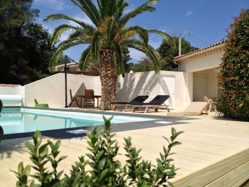 Vente et pose de terrasse en bois aix en provence for Ambiance piscine