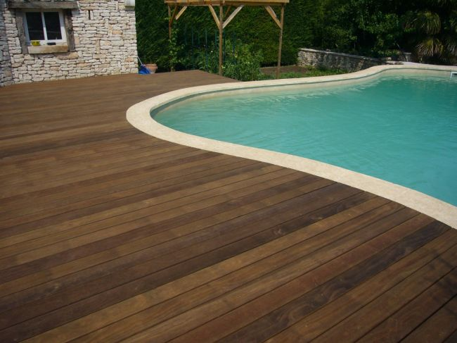 Bandeau de finition terrasse bois piscine for Destockage piscine bois