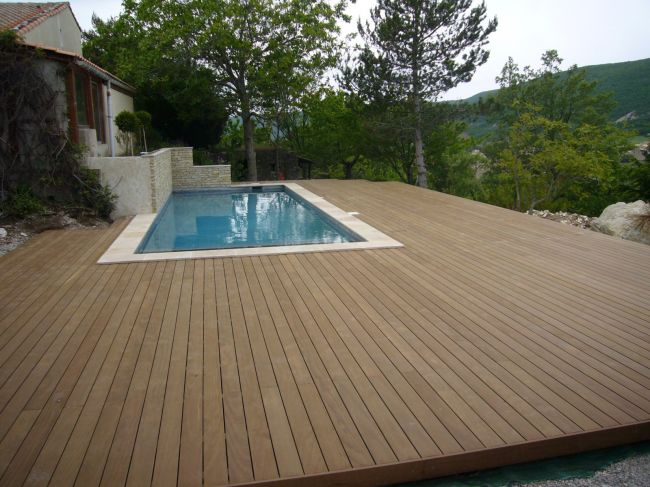 Vente de kit pour construire sa terrasse bois saint r my for Astral piscine st cannat